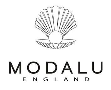 brand influencer wearsitatkat modalu england